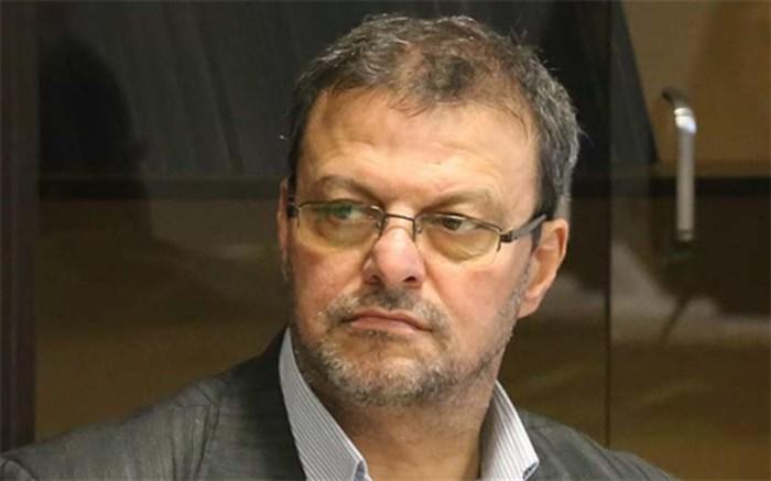 اسدی: فکری باید برای حضور در استقلال از نساجی رضایت بگیرد