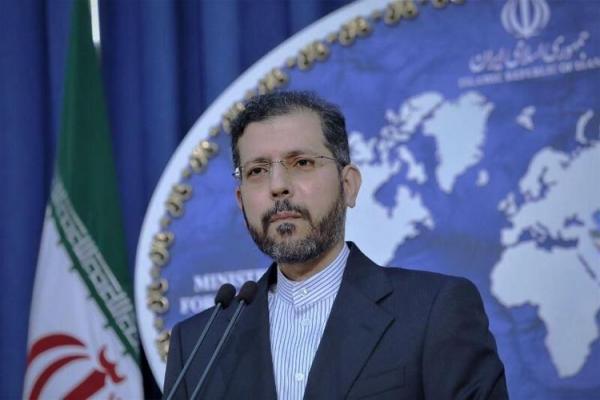 واکنش یک مقام سیاسی به سلب میزبانی از ایران